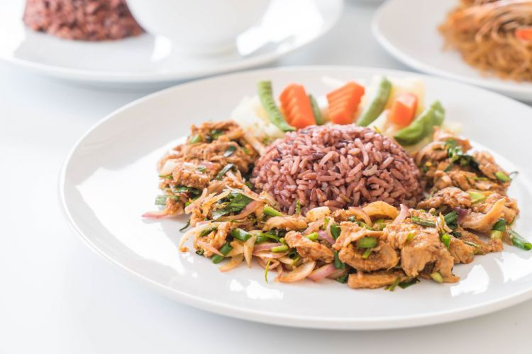 hot-spicy-grilled-pork-salad-with-berry-rice.jpg